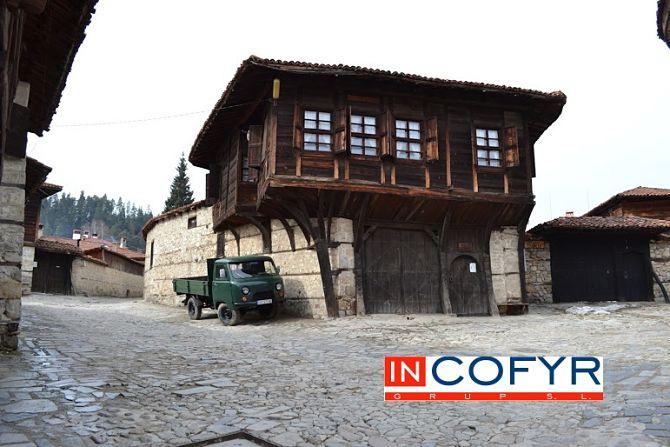 Fachadas rusticas en casas peque as - Casa de madera rustica ...