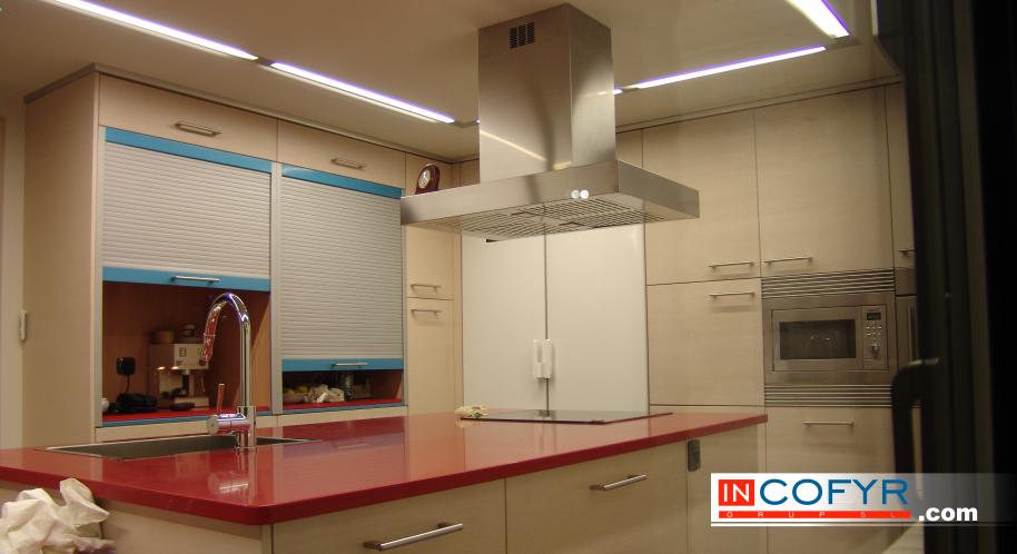Empresa de reformas integrales en barcelona casa de - Cenefas modernas para cocina ...