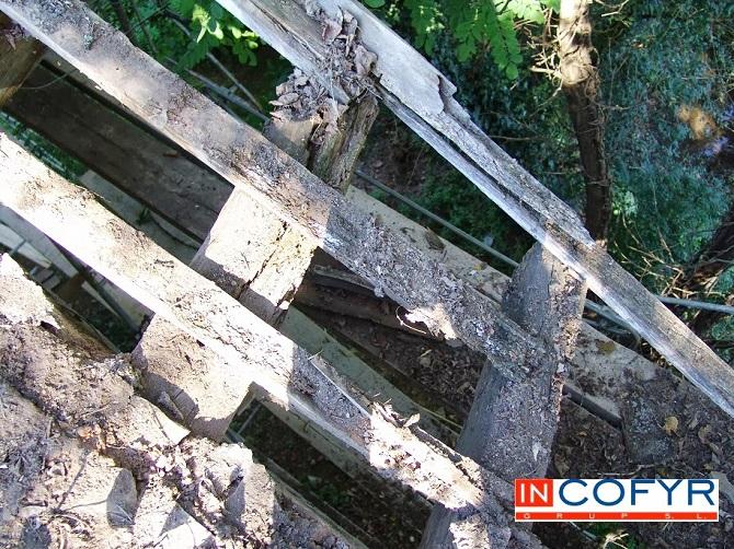 Problemas con la madera del techo viejo