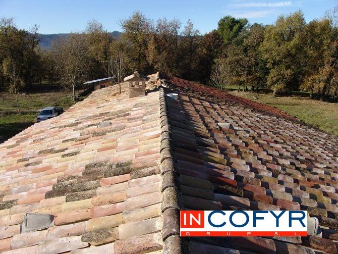 Techos de madera r sticos en barcelona incofyr - Cambiar tejado casa antigua ...