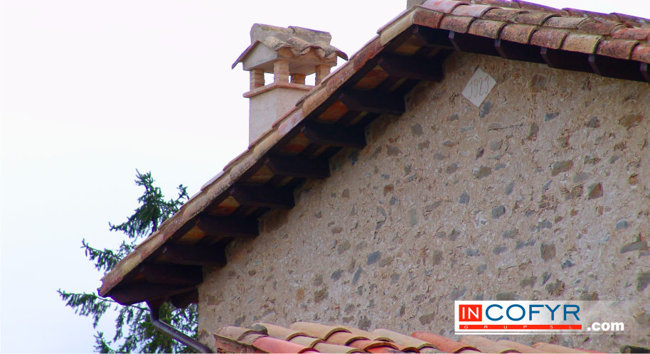 Como se trata la medera vieja techos de vigas antiguas - Restaurar casas antiguas ...