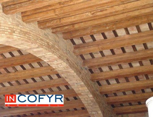 Techos de madera rústicos en Barcelona